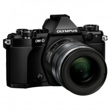 Цифровой фотоаппарат Olympus E-M5 mark II 12-50 Kit Black/Black